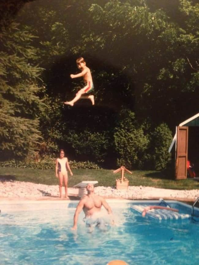 boy-thrown-up-high-hilarious-dads