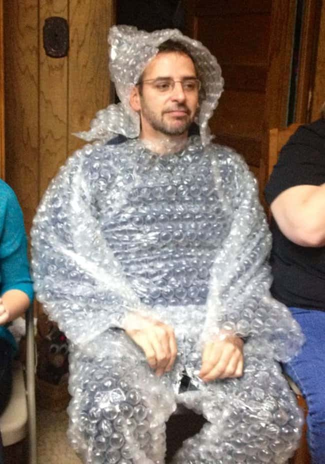 bubble_wrap_outfit_stress_reliever