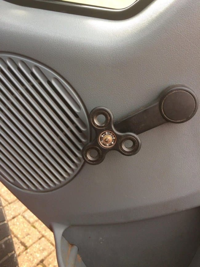 car_window_crank_fidget_spinner