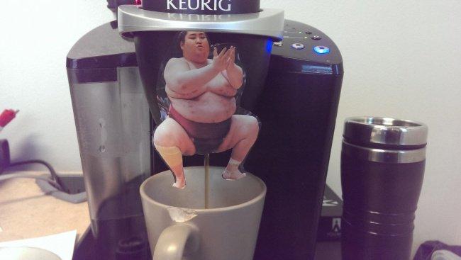 coffee_dispenser_sumo_wrestler_picture