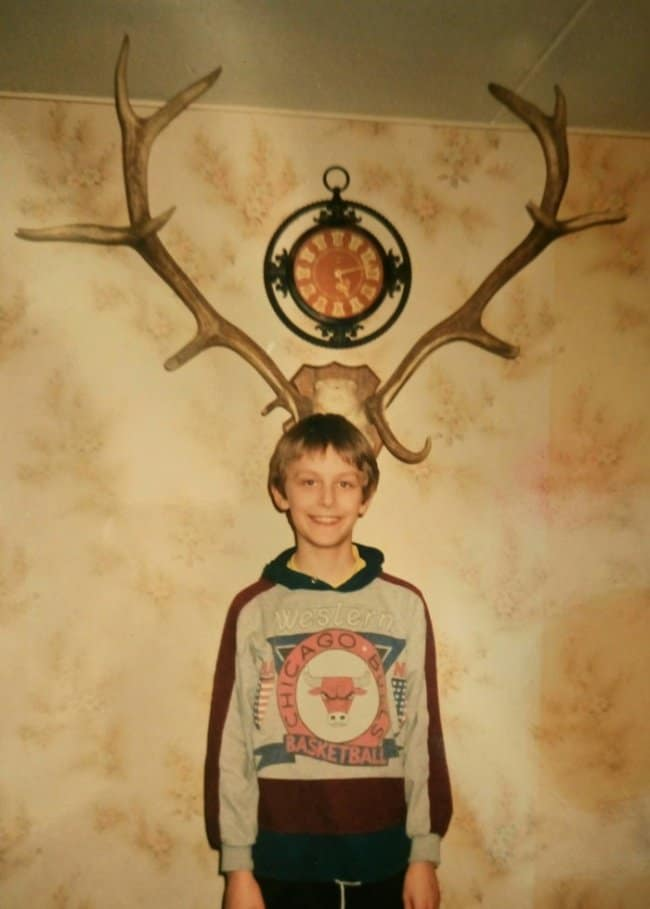 dad-takes-pictures-of-son-wiht-antlers-hilarious-dads