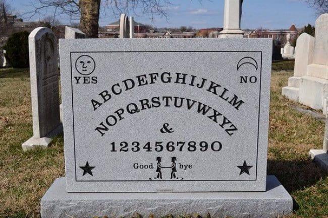 elijah_bond_ouija_creator_gravestone