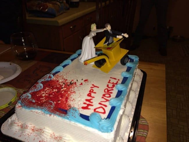 happy_divorce_cake_self_irony