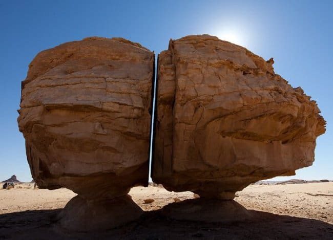 huge_rock_divided_straight_perfect_photos