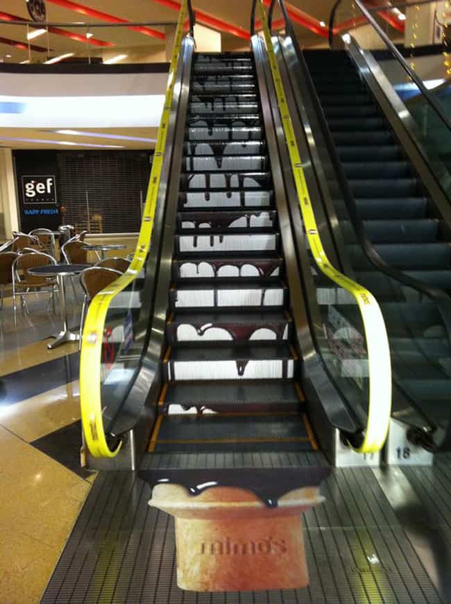 ice_cream_creative_escalator_ads