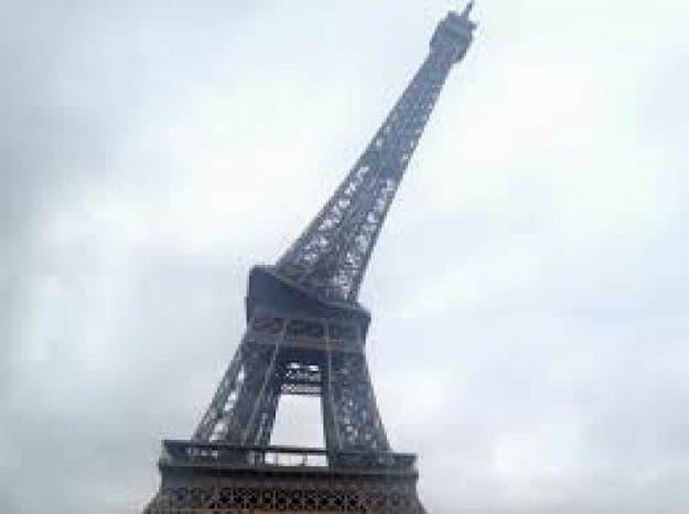 leaning-eiffel-tower