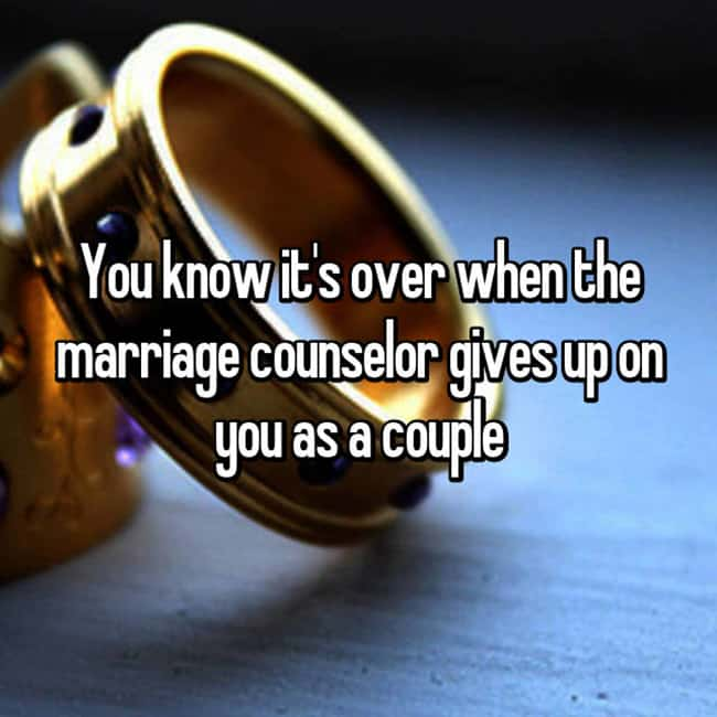 marriage-counselor-gives-up