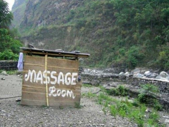 massage-room-blatant-lies-fool-others