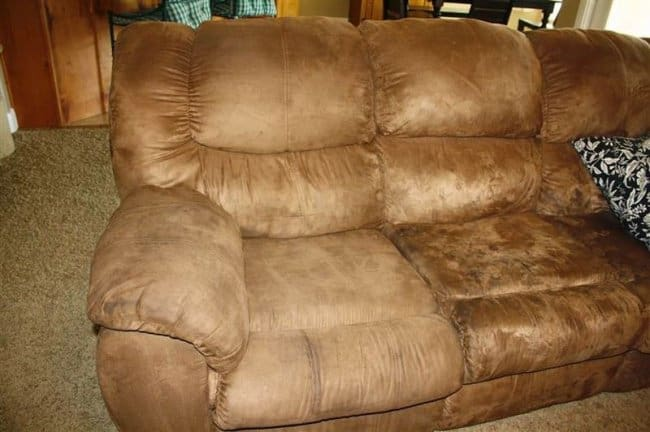 micro_fiber_couch_cleaning_hacks