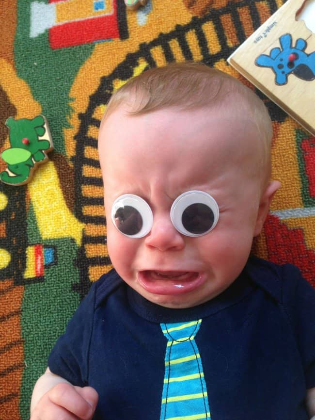 mom_puts_googly_eyes_on_son