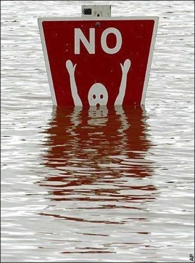 no_swimming_sign_funny