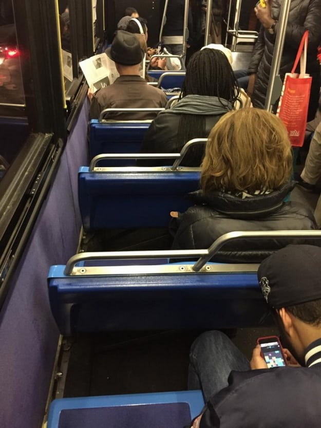 people-blocking-window-seats-on-public-transportations