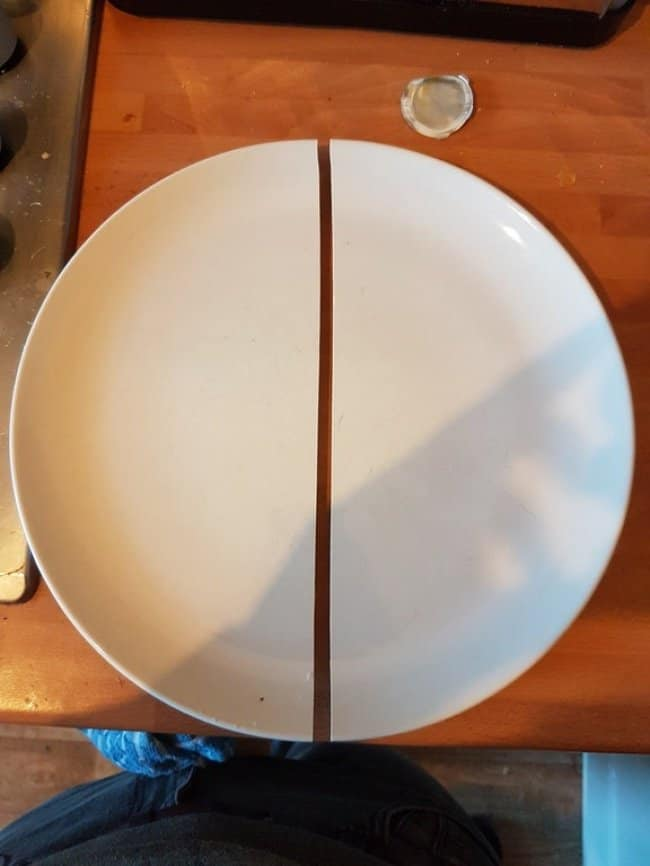 plate_split_in_half_straight_perfect_photos