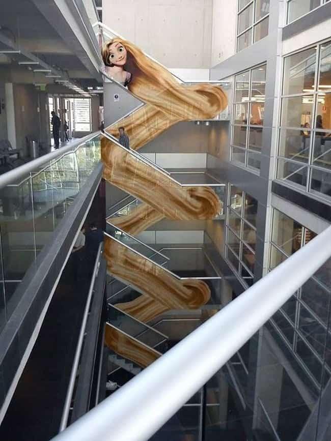 rapunzel_tangled_long_hair_creative_escalator_ads