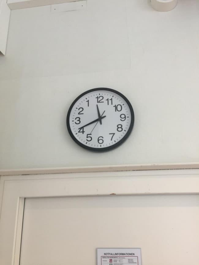 reverse_clock