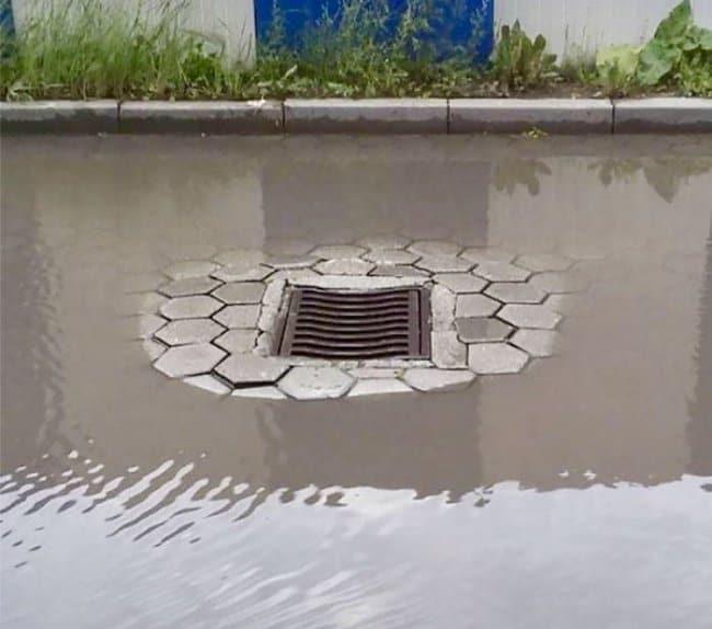 road_drainage_hole_funniest_epic_fails