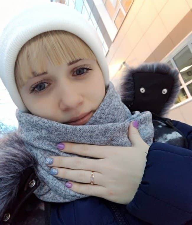 scarf-look-like-cat-tricky-pictures