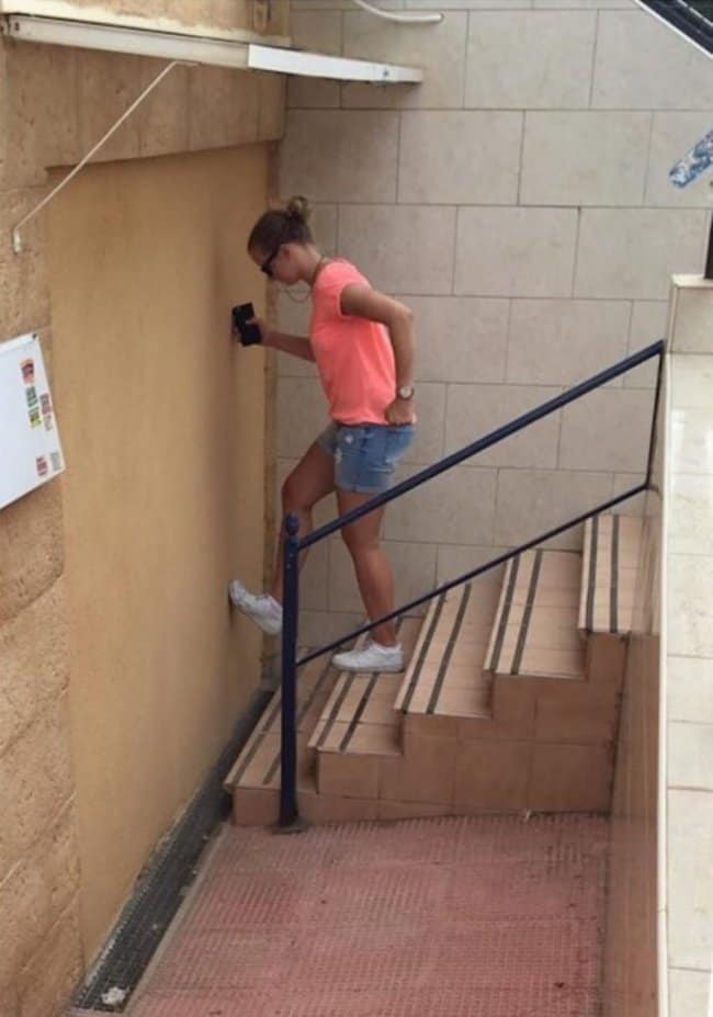 stair_wall_destinations_funniest_epic_fails