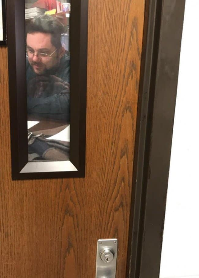teacher-put-picture-of-him-at-the-office-door-confusing-pictures