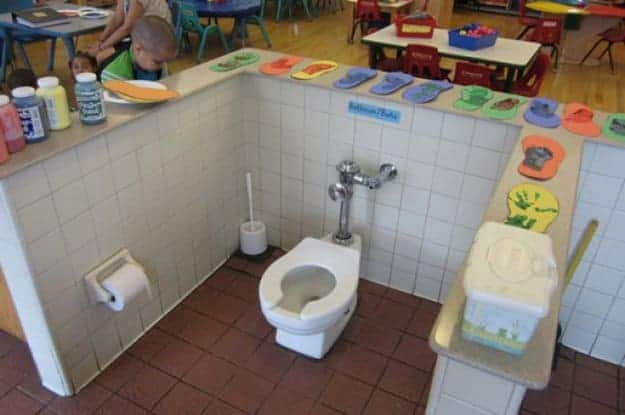 toilet-stall-for-kids