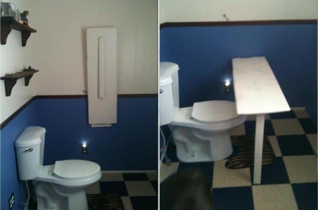 toilet_desk