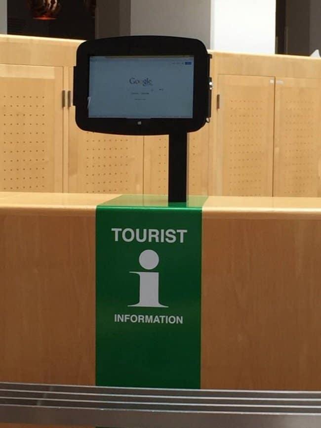 tourist-information-uses-google-hilariously-lazy-people