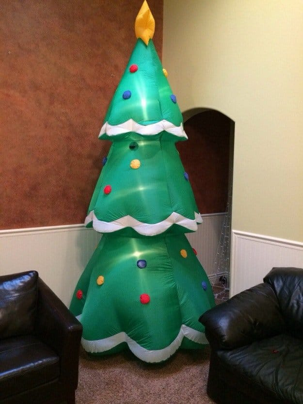 unconventional-christmas-tree