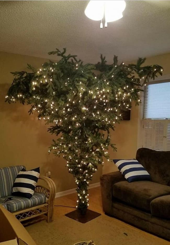 upside_down_christmas_tree