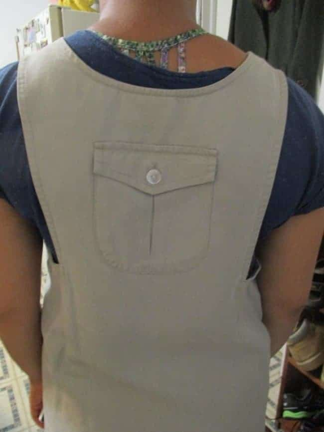 vest_back_pocket
