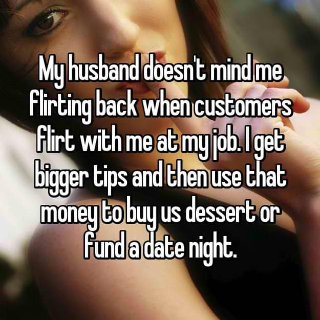 wife_flirts_with_customers_to_get_bigger_tips