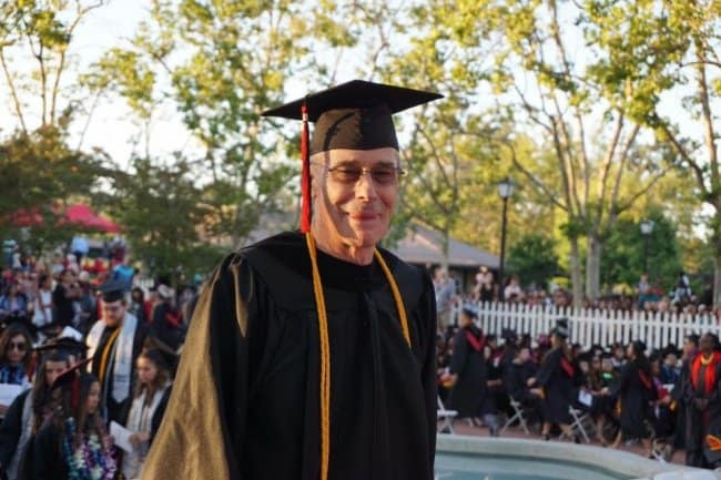 72-year-old-dad-graduating-college