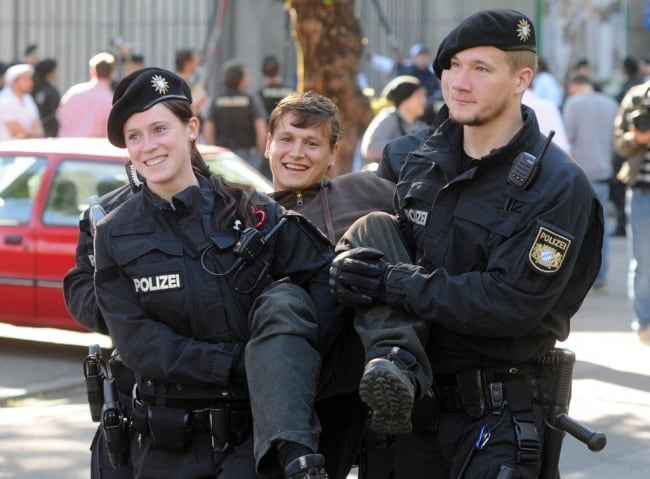 beautiful-german-police-and-protester