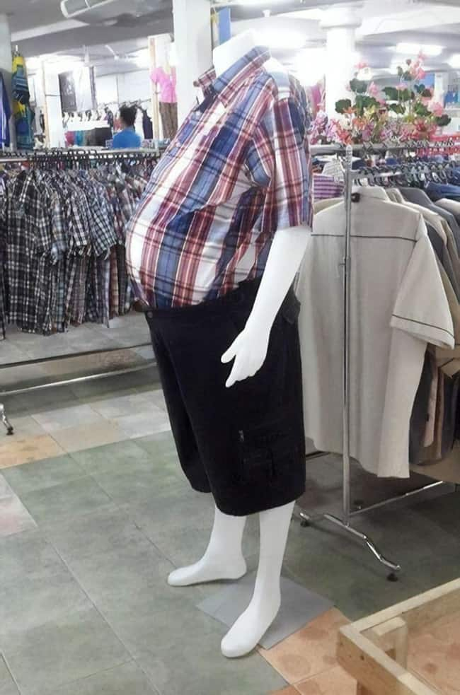 big-belly-realistic-mannequins-posing-hilariously
