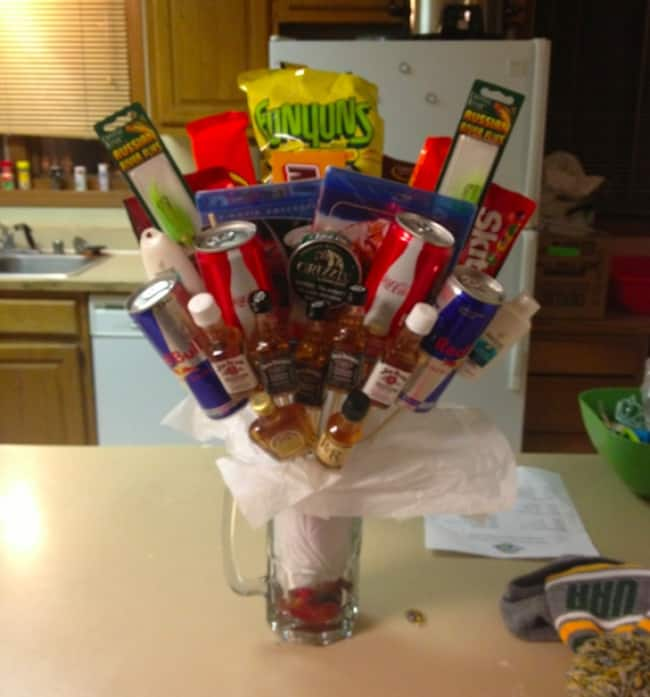 bouquet-for-boyfriend-funny-romantic-gestures