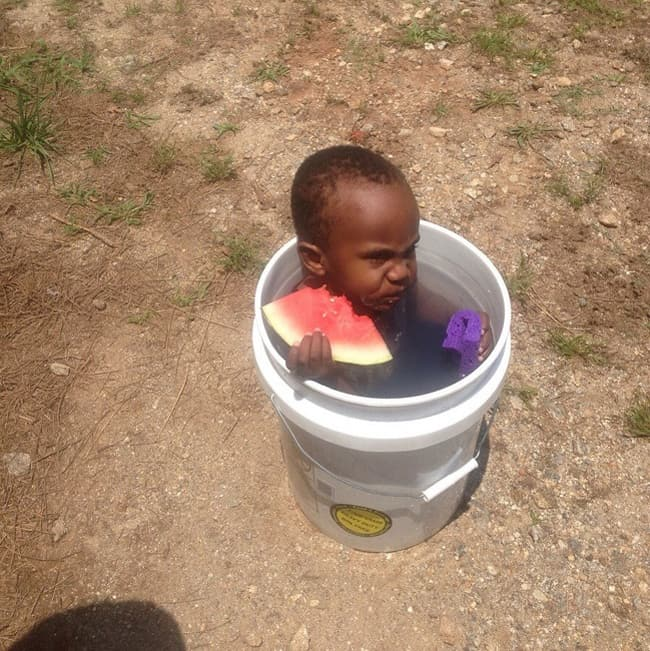 bucket-baby-pool-people-with-extraordinary-mind