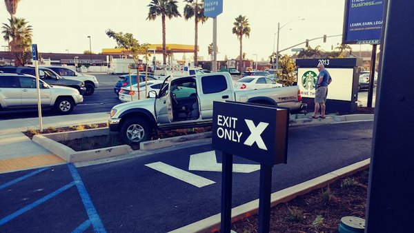car-drive-thru-fail-worst-dayof-their-life