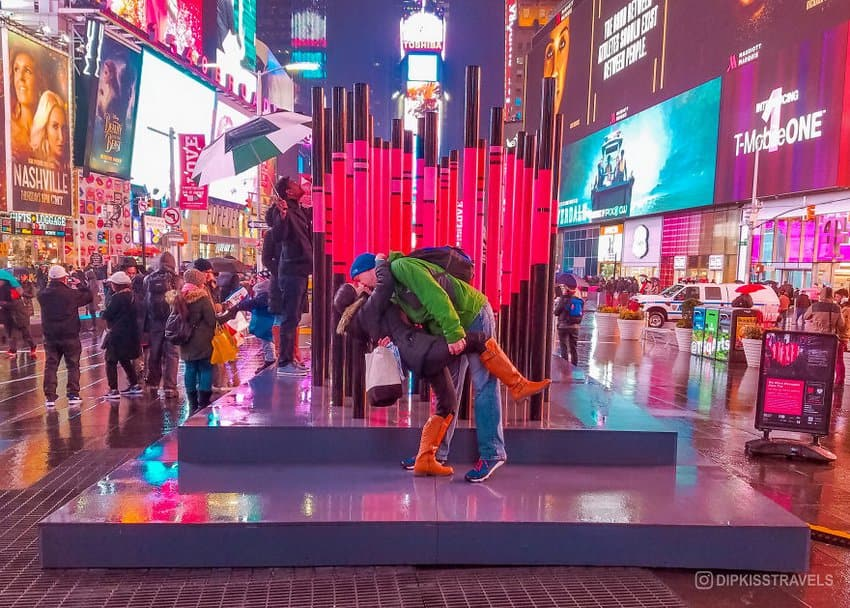 dipkiss-times-square-new-york-city