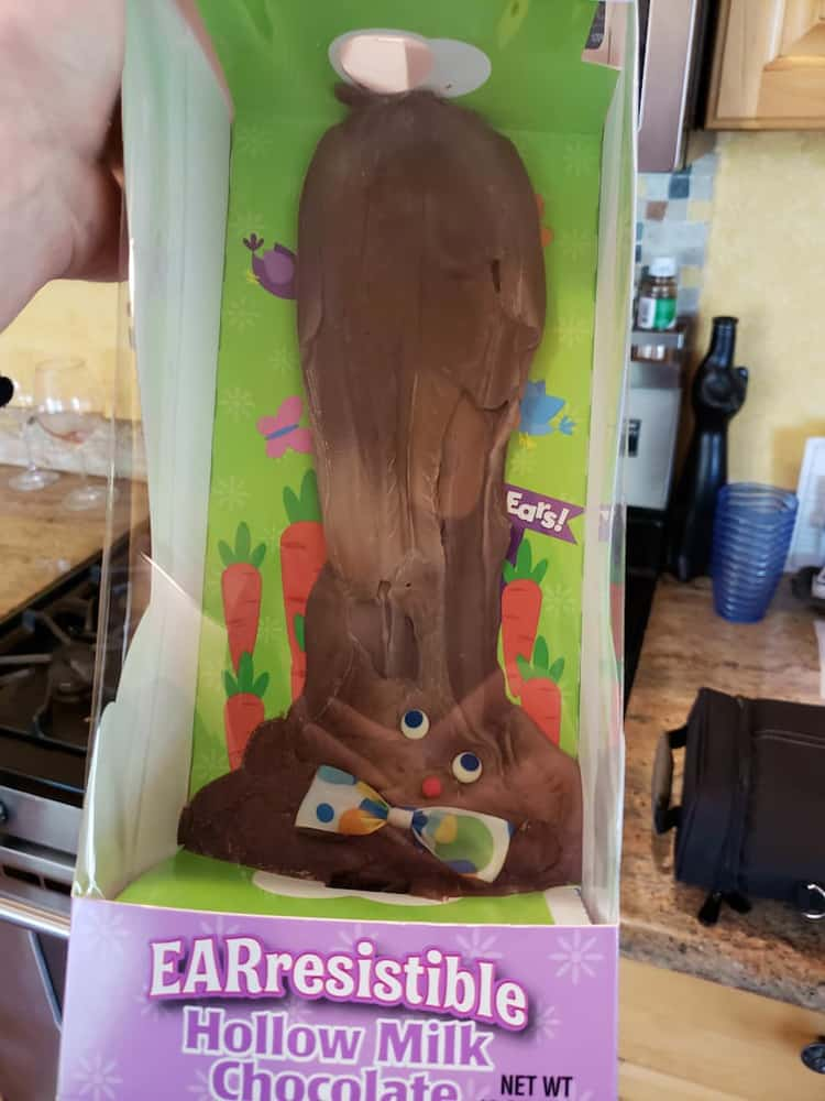 easter-bunny-chocolate-melts-in-the-car-people-failed-to-pay-attention