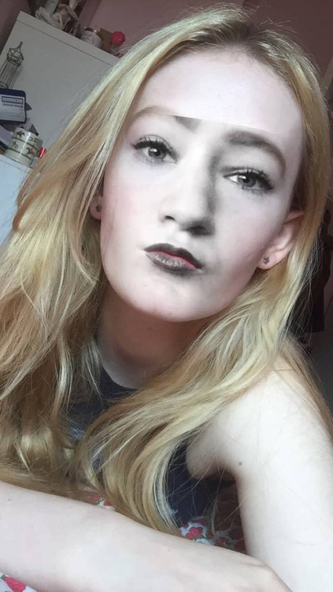 face-swap-with-a-monochrome-photo-pale-people-problems