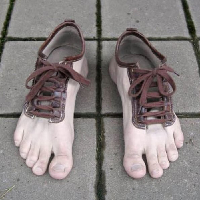 feet-shaped-shoes-annoying-photos