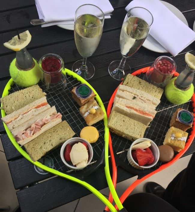 food-served-on-a-tennis-racket-bizarre-presentations