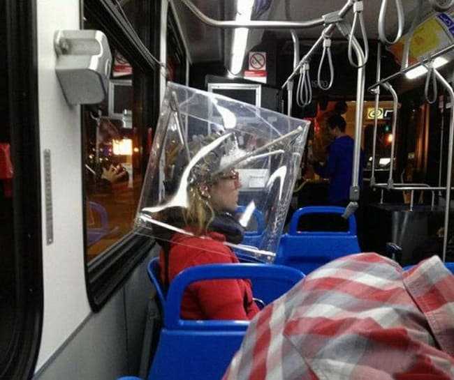 glass-cube-on-the-head-people-with-extraordinary-mind