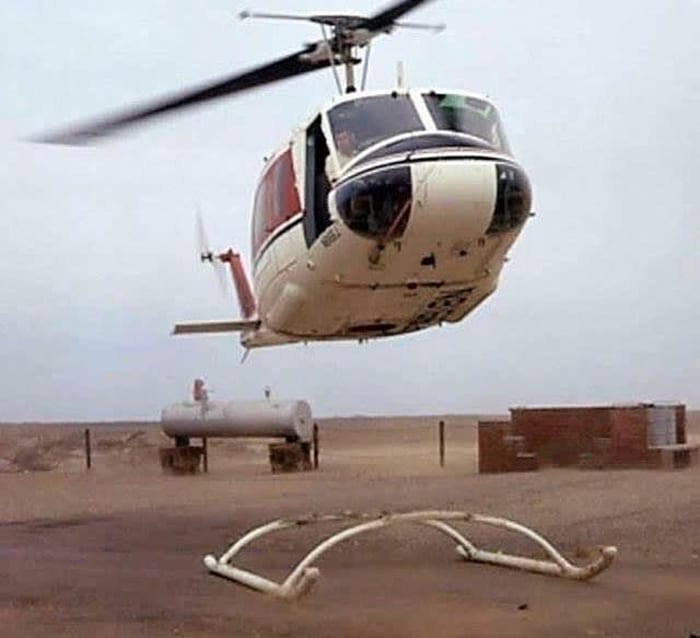 helicopter-landing-skid-broken-cringeworthy-photos