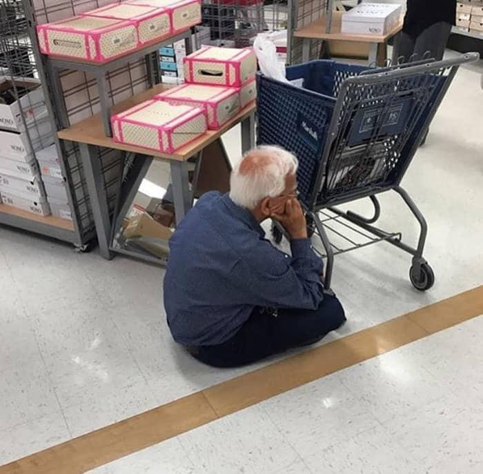 husband-sitting-on-the-floor-men-hate-shopping