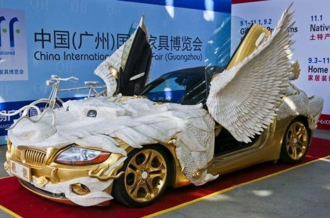 over-decorated-luxury-car-surprising-products-of-wild-imagination