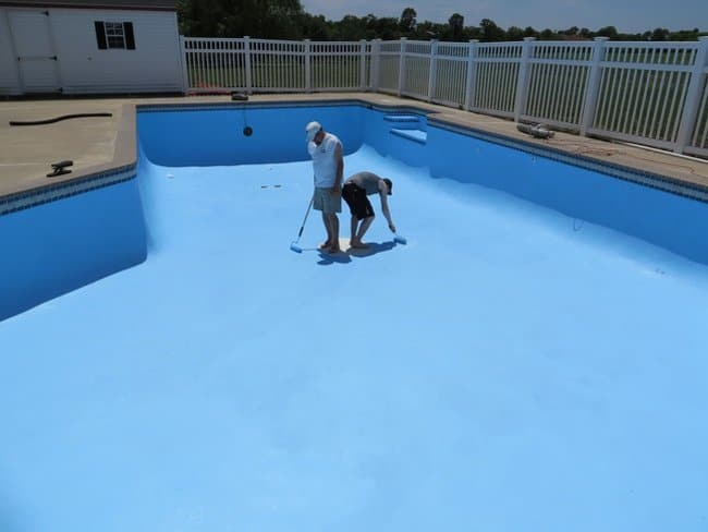 painting-pool-floor-terrible-unlucky-day