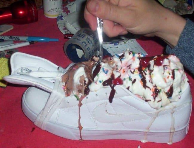 shoe-as-plate-for-ice-cream-photos-that-make-zero-sense