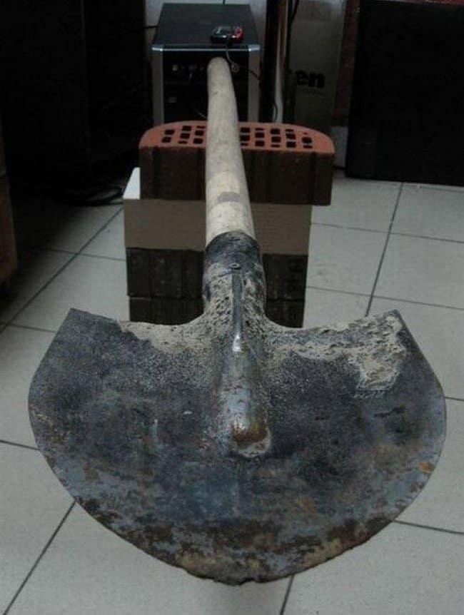 shovel-flsh-drive-surprising-products-of-wild-imagination2