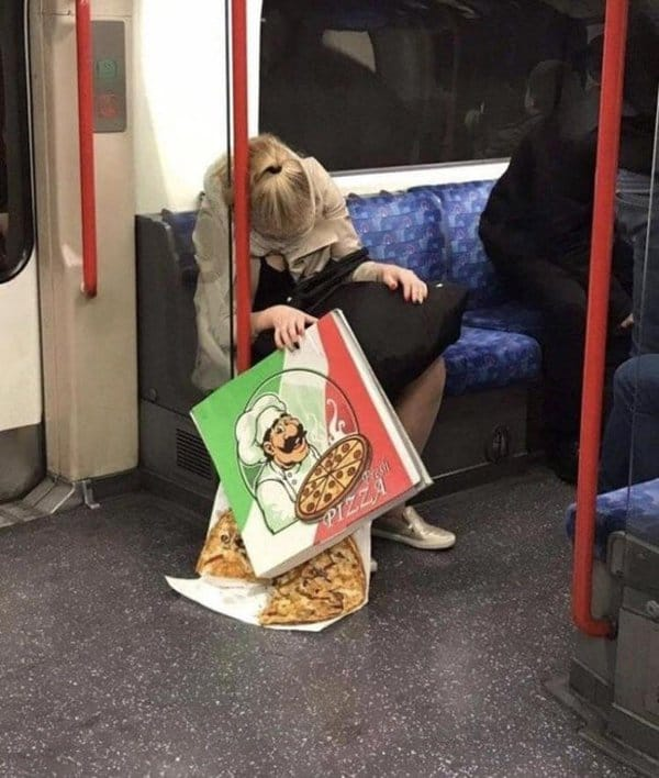 sleepy-passenger-drops-pizza-worst-dayof-their-life