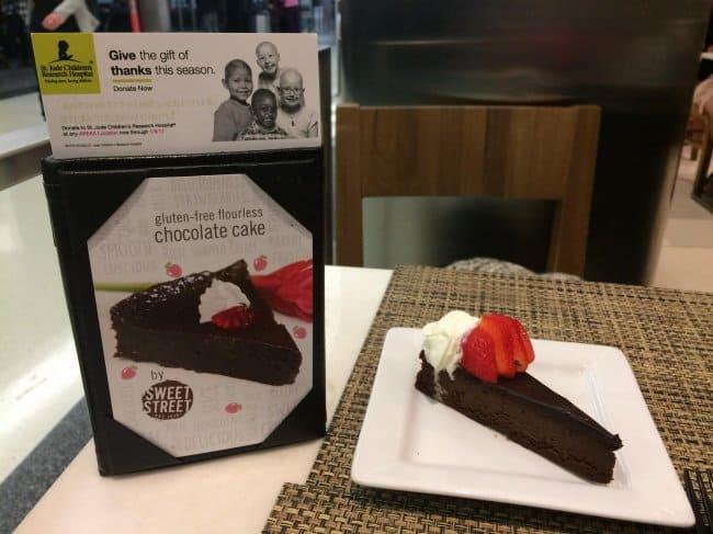 small-serving-of-gluten-free-flourless-chocolate-cake